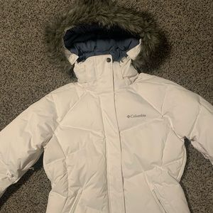 Woman's Columbia Puffer Jacket